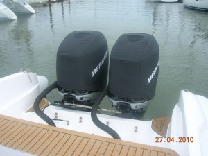 Mercury 300 Verado vented Splash cowl covers.