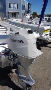 Honda BF50D vented outboard Splash cover.