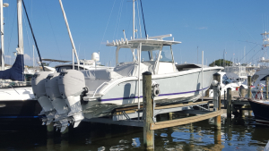 Mercury 300hp Verado vented outboard Splash cover