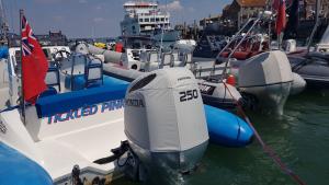 Honda BF250 Vented outboard Splash cover